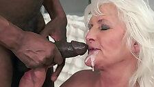 Interracially трахал бабушка любит в cumplay