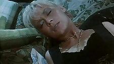 Italian porn Moana Pozzi is the goddess of sex!
