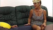 Type fucks horny aunt