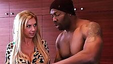 Mofos Milfs Like sex with monster Black Brookes Working Pro Boner starring Brooke Tyler